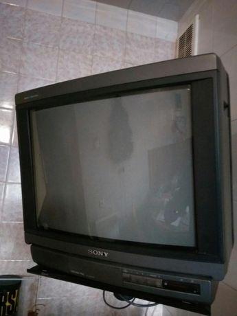 Телевизор SONY TRINITRON KV-2182MR диагональ 52см