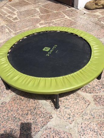 Mini trampolim