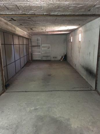 Garagem em Famalicão