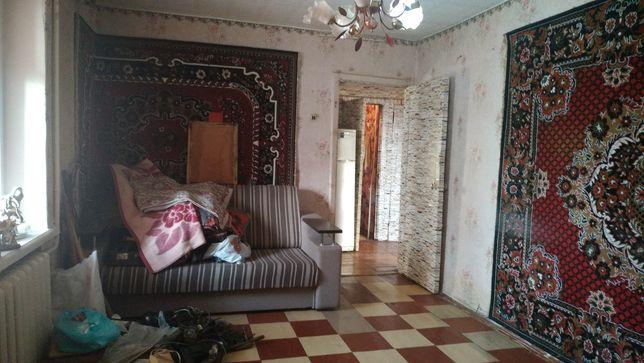 Продам 2 комнатную квартиру Центр ВЫСОТКА