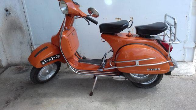 Moto Vespa P125X