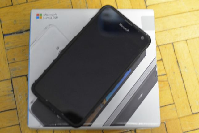 Smartfon Microsoft Lumia 650 plus Case bez simlocka