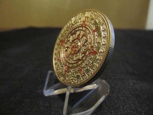 Золото Ацтеков-монета.