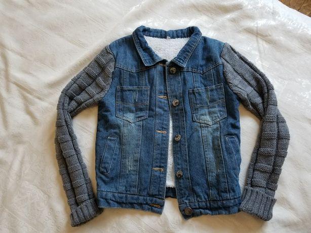 тёплая джинсовая. джинсовая курточка