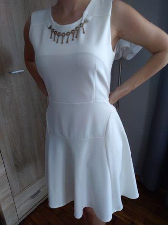 Biała sukienka rozmiar L