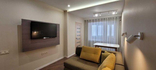 Продам утепленную 3-к. квартиру с дизайнерским ремонтом в центре.