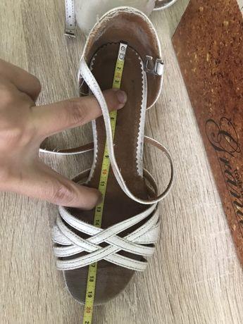 Туфли для тренировок бальных танцев 19.5см