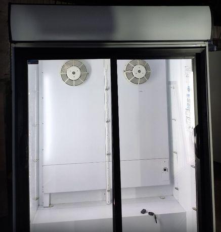 Продам дводверну холодильну вітрину-купе б/в