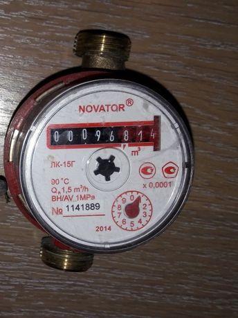Лічильник гярячої води. Счетчик воды Novator