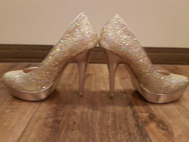 Świecące buty rozmiar 37