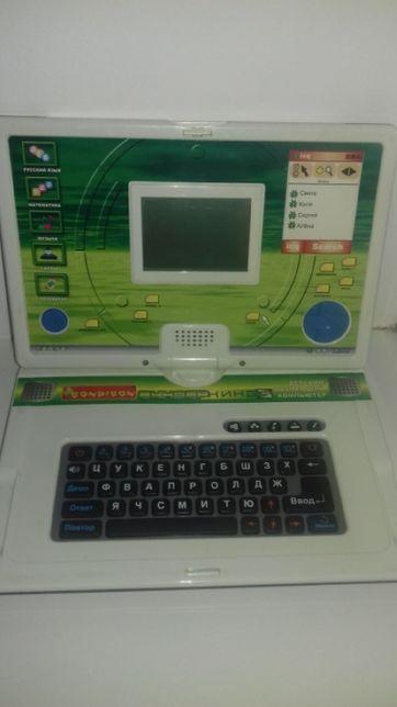 Дитячий навчальний комп'ютер Bondibon Вундеркінд 3