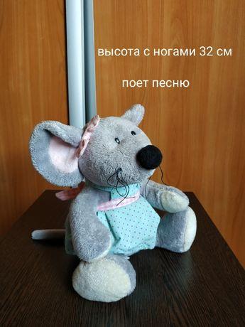 300 руб игрушка музыкальная мышь