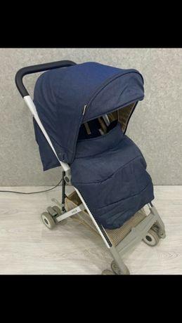 Мега легкая удобная прогулочная коляска в идеале