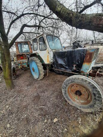 Два трактора юмз