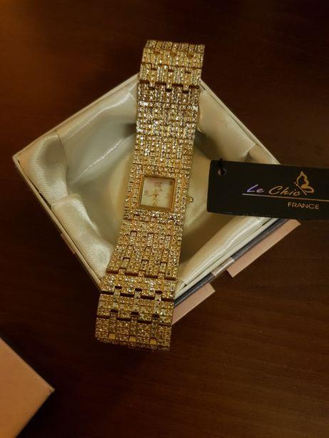 Часы L'chic