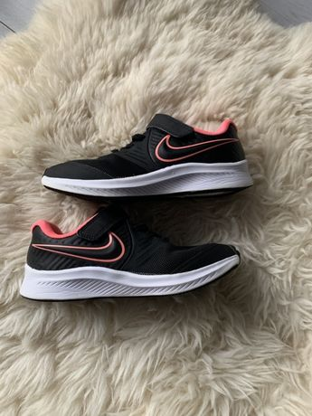 Чорні оригінальні nike кроси кросовки 32 розмір