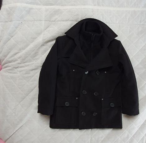 Elegancka czarna kurteczka z flałszu
