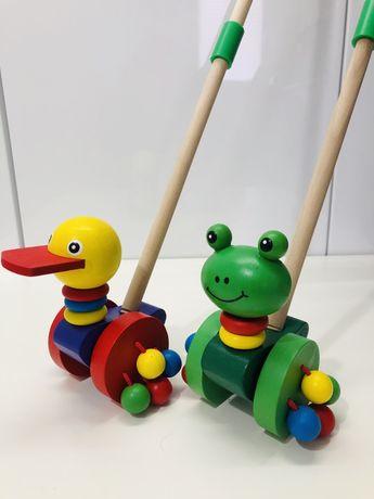 Zabawka pchacz na kiju / patyku / drewniana