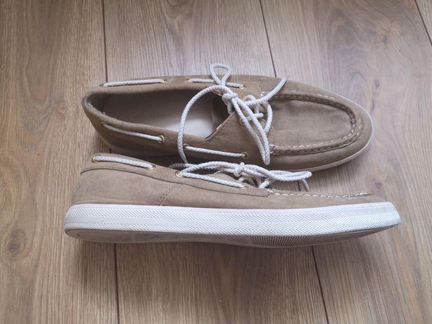 Kremowe letnie buty Zara men