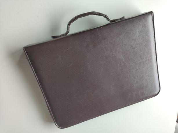 Aktówka brązowa Stan BDB (teczka torba męska)