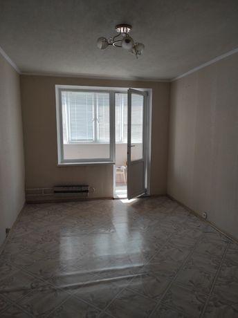 Продам комнату с балконом в 3- х комнатной квартире