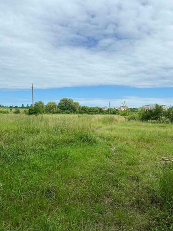 Продається земельна  ділянка в Пасічній