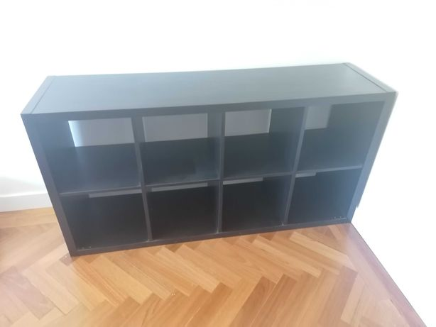Estante Kallax preta -  77 x 147cm - IKEA