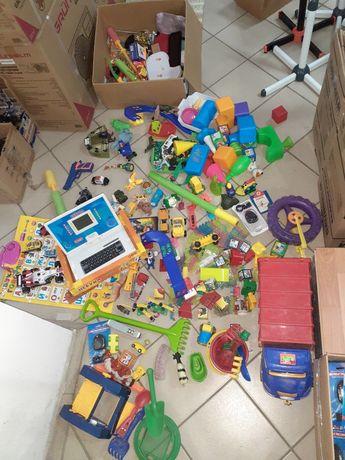 Меголот игрушек.150 игрушек одним лотом