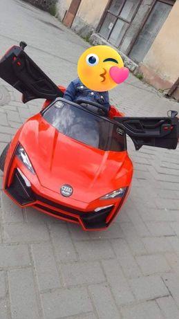 Машина на аккумуляторе Детский электромобиль