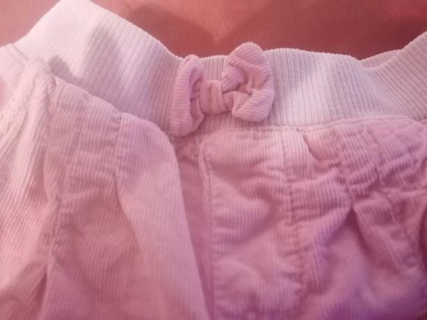 Spodnie sztruksowe dla dziewczynki Smyk, rozmiar 80.