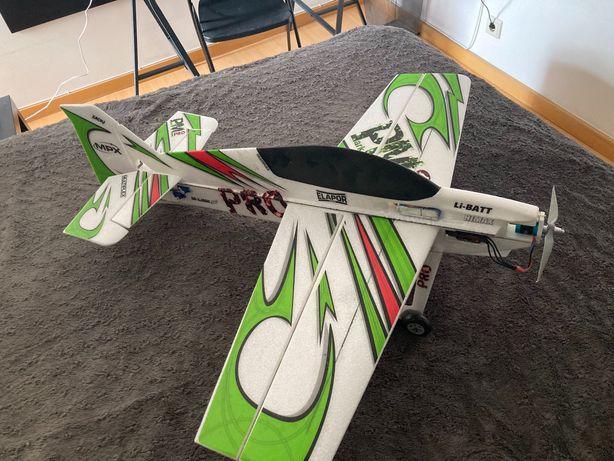 Aeromodelo Park Master Multiplex - completo faltando o transmissor -