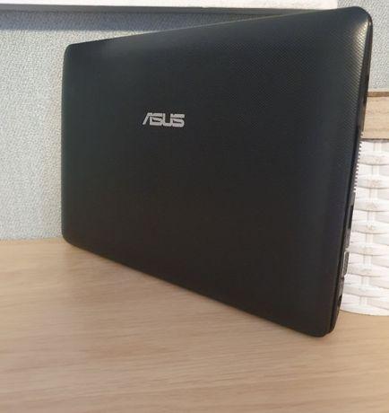 Нетбук Asus ee pc1011cx