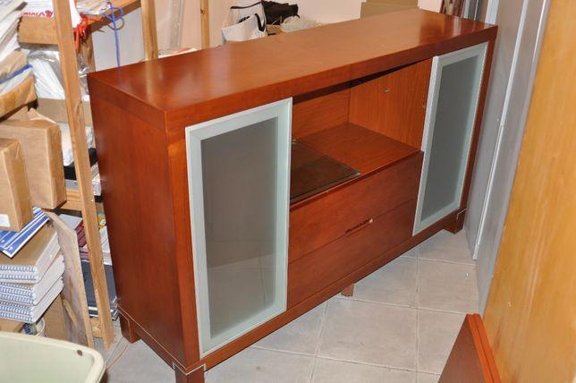 Komoda, szafka pod TV, gablota narożna, półka