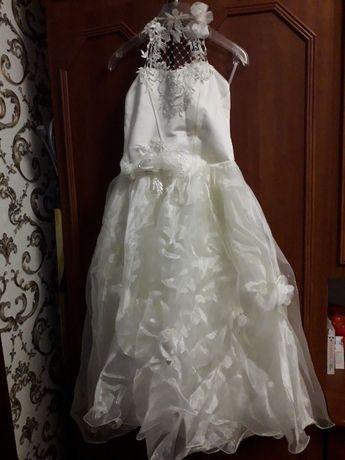 Продам детское(бальное) платье лет на 7-12