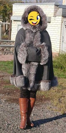 пальто-кейп с чернобуркой