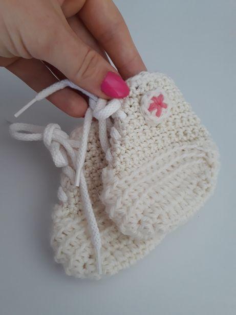 Nowe buciki niemowlęce