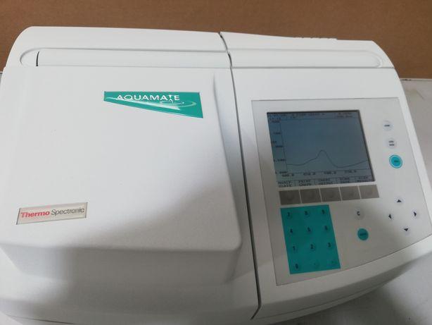 Thermo spectronic Aquamate para laboratório
