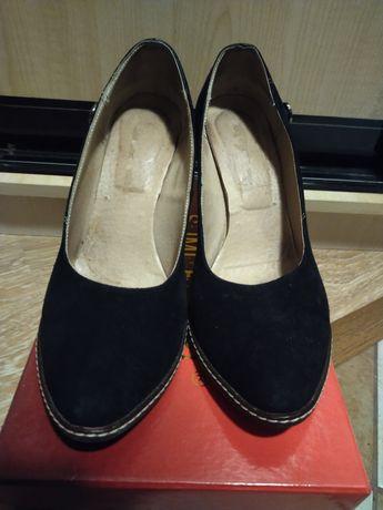 Жіночі туфлі 39 р. Б/в