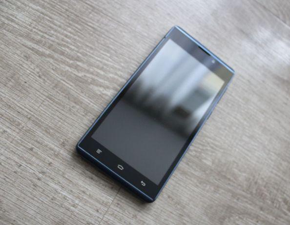 Телефон Micromax D340