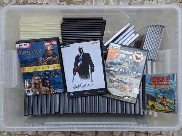 Jogos PC e Caixas para DVD / CD