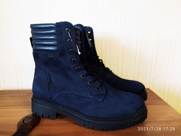 Ботинки женские Bench Новые 40-41рр. на шнуровке темно-синего цвета