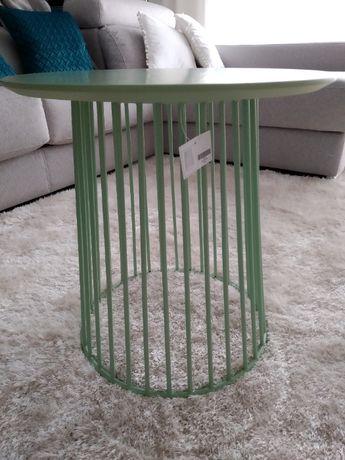 Mesa de apoio verde água