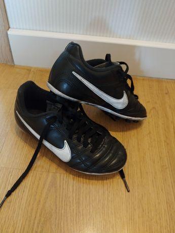 Korki Nike Tiempo r. 28