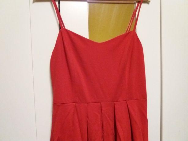 Sukienka Reserved czerwona naramki wesele