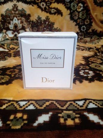 Продам оригинал духов Miss dior