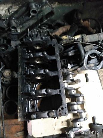 Двигатель мтз 245.243 на запчасти. блок.