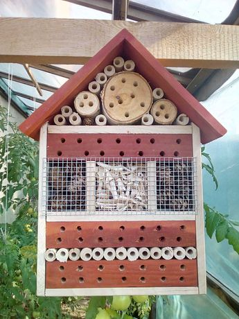 Domek dla pszczół A4