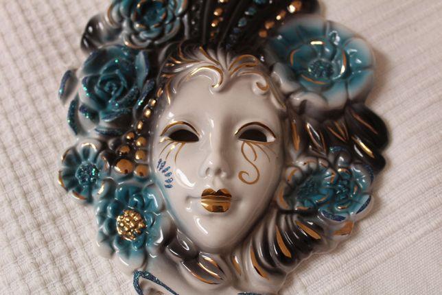 maska wenecka niebieska ceramiczna na ścianę