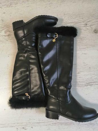 Модные зимние сапожки