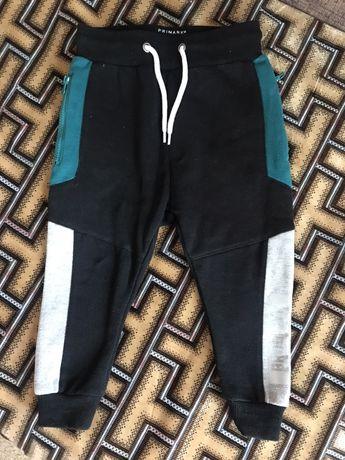 Продам штани спортивні на осінь, зиму.